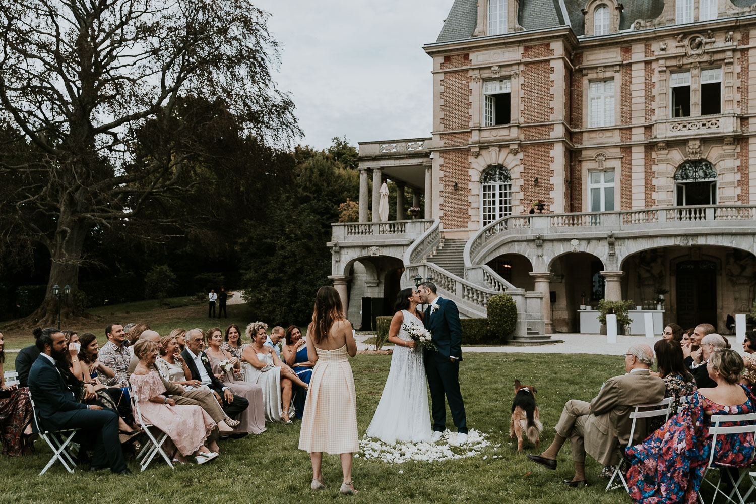 chateau-bouffemont-outdoor-wedding-137